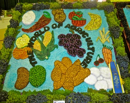 Mixed media in Lodi: where playing with vegetables and fruit can be copacetic..