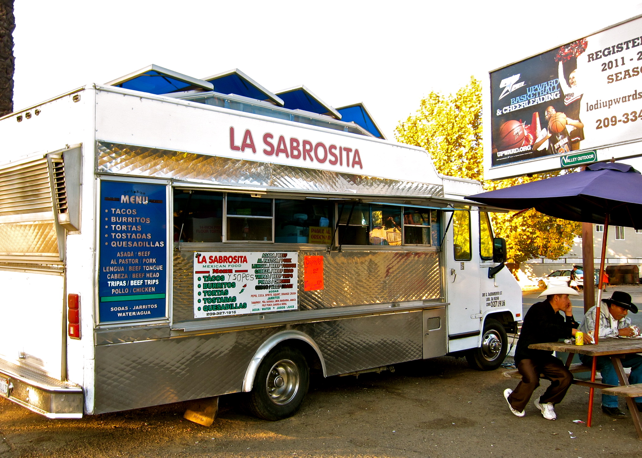 Organ Meat Tacos And Burritos At Lodis Taco Trucks Theres About One Truck For Every Ten People Of Mexican Descent In Lodi