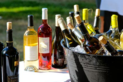 Many kinds of wines at Lodi ZinFest