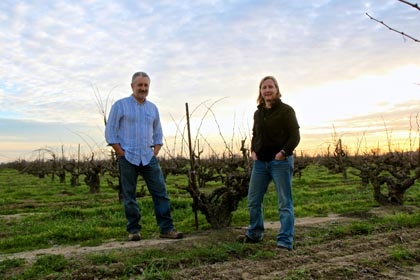 Markus Bokisch and his winemaker Elyse Egan Perry in Lodi's Kirschenmann Vineyard
