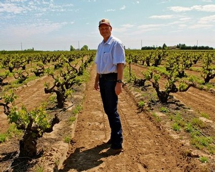 Craig Rous among his 106-year-old Rous Vineyard vines