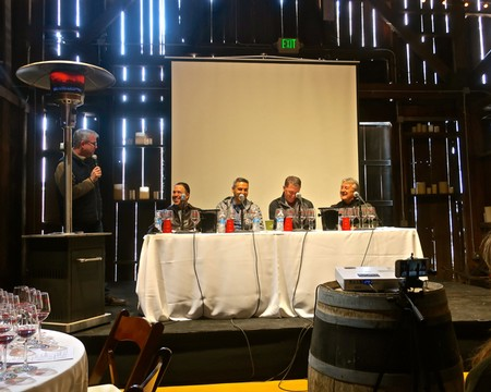info for b1c96 990fc ... market plunge of both White Zinfandel and value priced red Zinfandels  ( 10 and under). Each panelist also presented two Zinfandel bottlings  representing ...